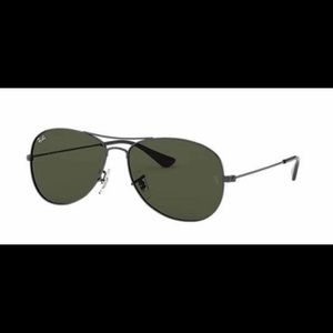 Ray-Ban Aviators *BRAND NEW WITH TAGS*
